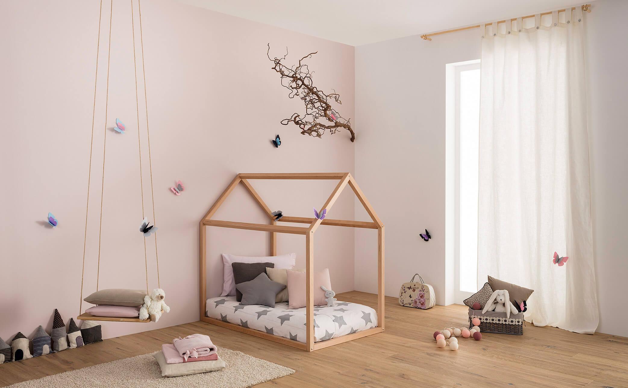 lettino montessori Babylodge a forma di casetta